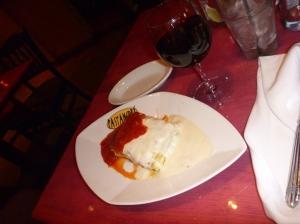 Jan Bo sin lasagne og den anbefalte vinen.