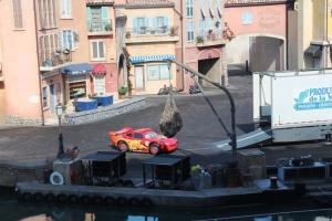 På Stuntshowet me biler... Der kom plutselig Lynet Mc Queen ut av en trailer! :D