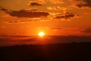 Fine fin solnedgangen sett fra rommet vårt