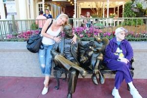 Iselin, Walt, Minni og en dame som tydeligvis har vært in space (ho har Nasa Caps...)