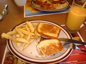 Superbird! :D (kalkun sandwich)