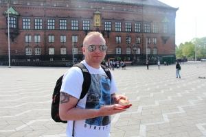Rød pølse på rådhusplassen..blir det mer dansk enn det?
