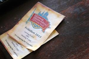 Kl 12.30, Jan og Phillip skal da ta turen på Middelaldrefestivalen.