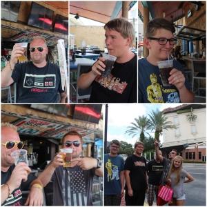 En drink på Point Orlando. Bare de store gutta som får øl da.. Andrè må nok klare seg med en brus..  Bilde foran WonderWorks.