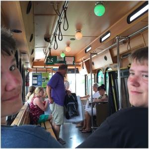 På i-ride Trolleyen!