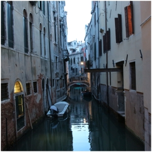 Love the narrow streets/Canals.