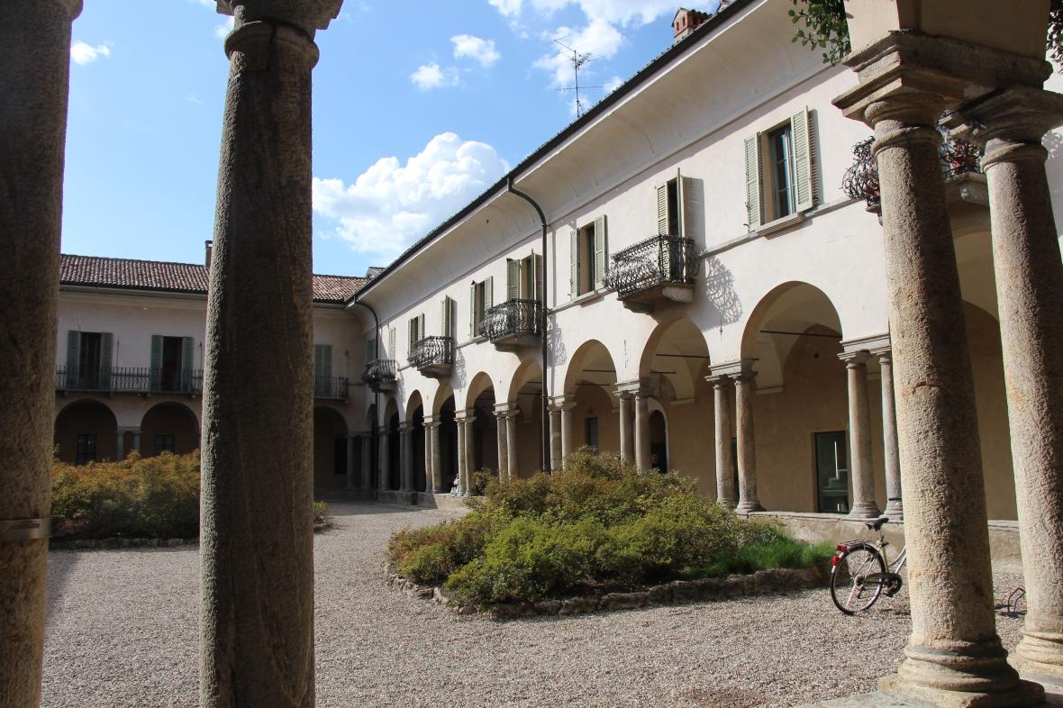 Italia (1007)