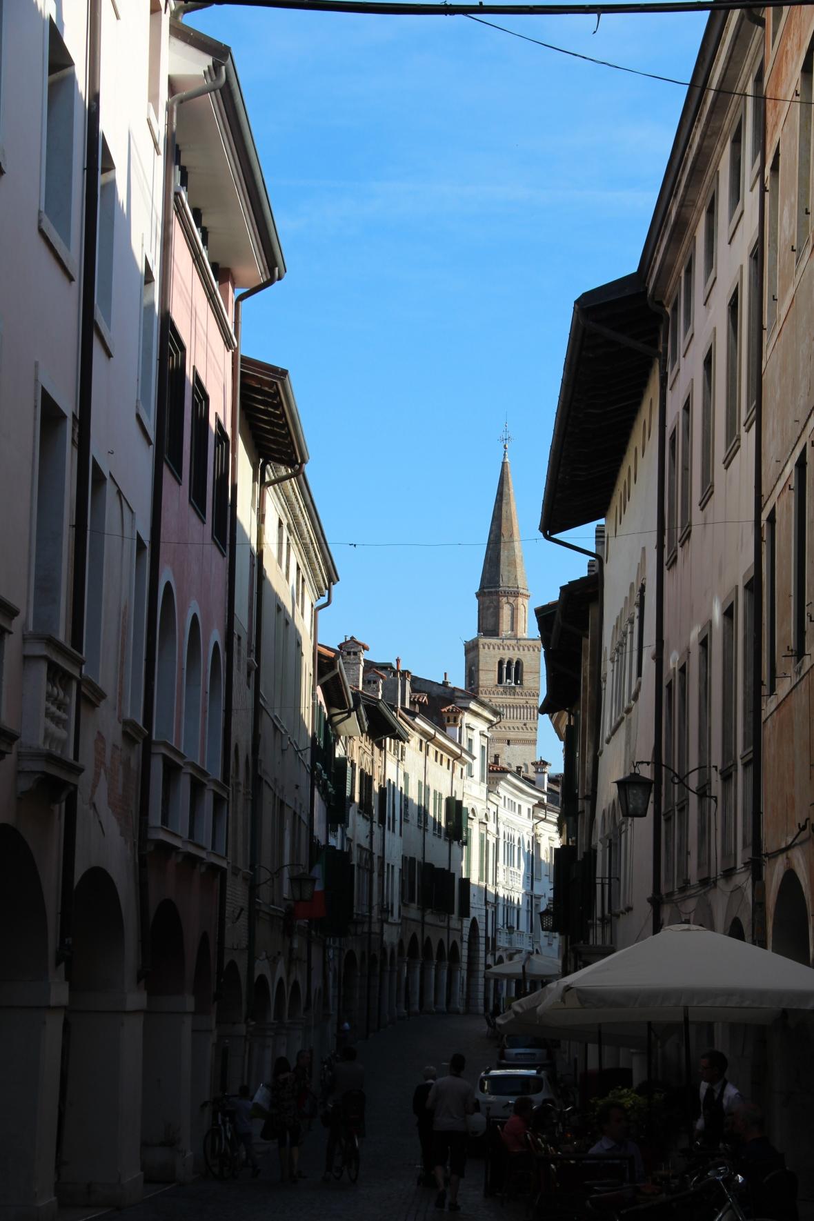 Italia (1025)