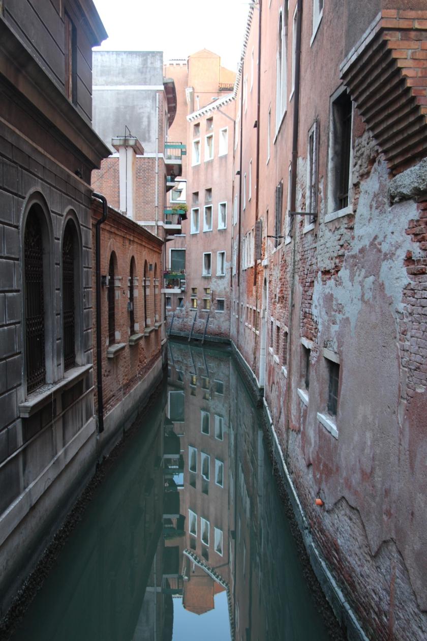 Italia (1052)