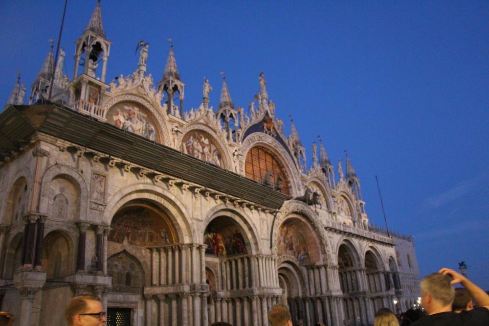 Italia (1068)