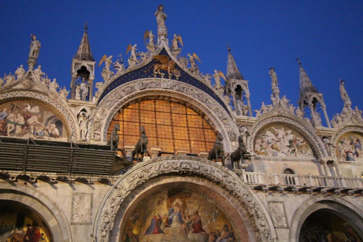Italia (1069)