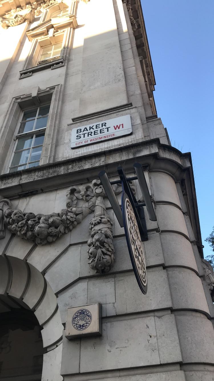 London (1022)