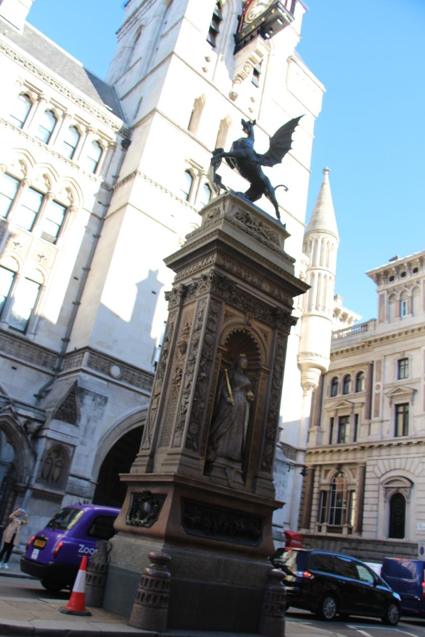 London (1102)