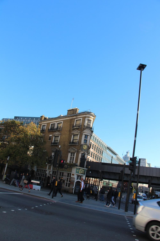 London (1111)