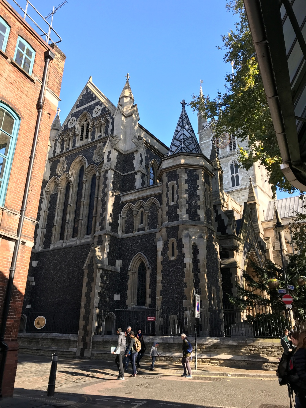 London (1152)
